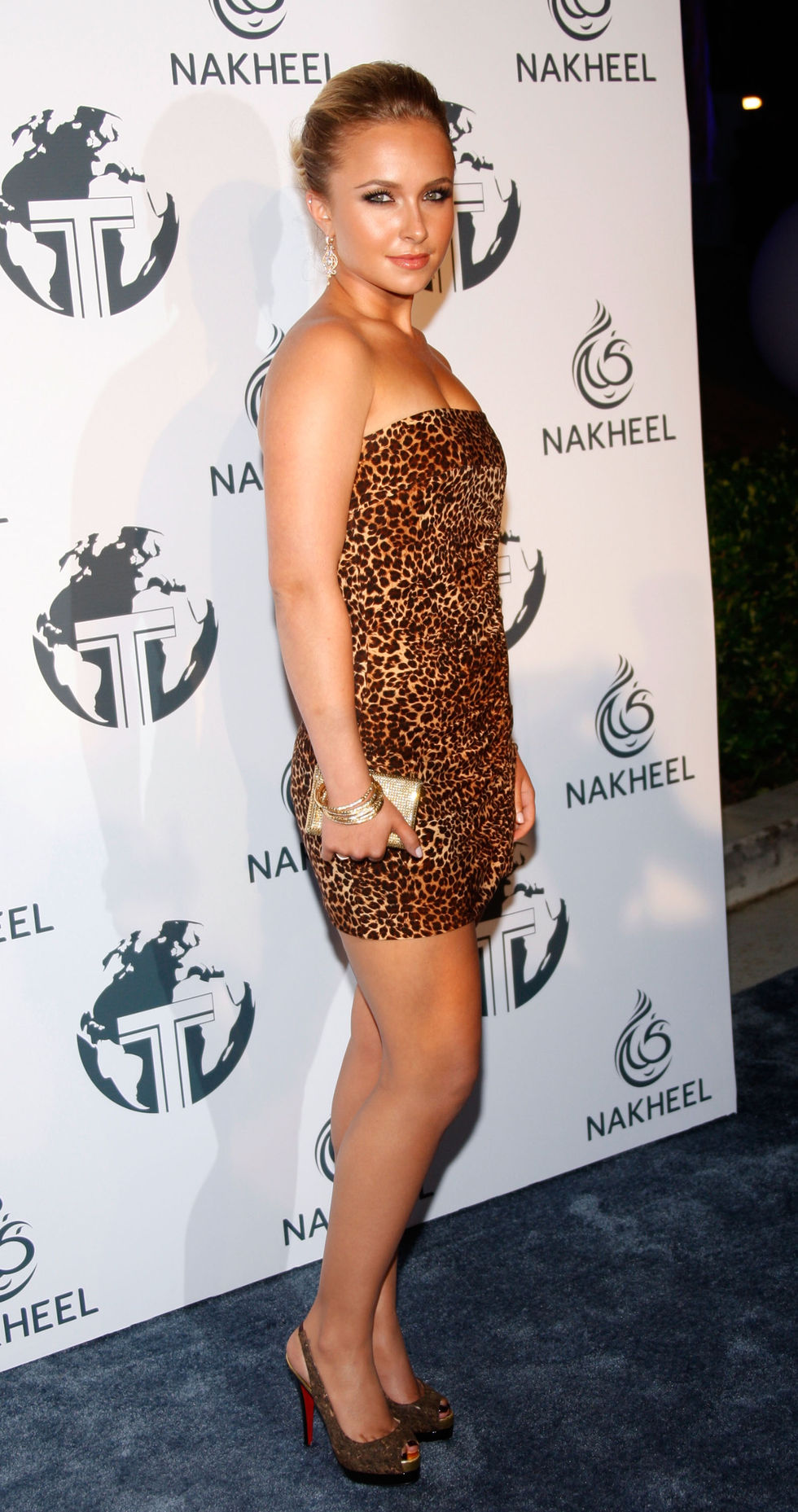 hayden-panettiere-nakheel-introduces-trump-international-hotel-and-tower-dubai-party-01
