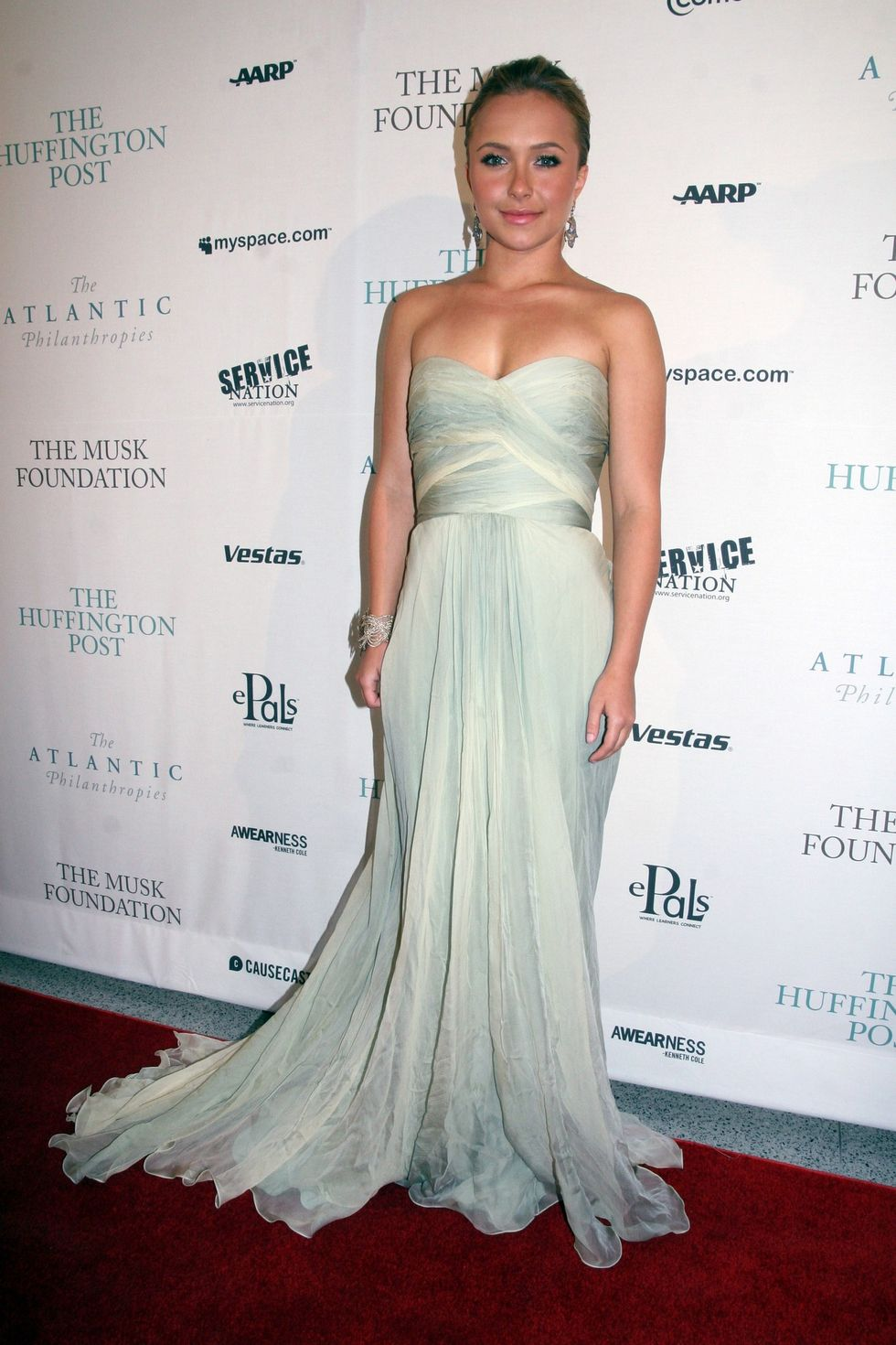 hayden-panettiere-the-huffington-post-pre-inaugural-ball-01