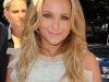 hayden-panettiere-visits-regis-and-kelly-show-03