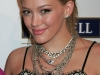 hilary-and-haylie-duff-project-runway-season-finale-party-in-los-angeles-03