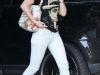 haylie-duff-tight-pants-candids-in-los-angeles-04