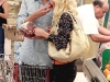 heidi-montag-leggy-candids-in-grocery-shop-02