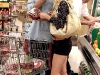 heidi-montag-leggy-candids-in-grocery-shop-09