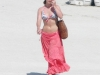 heidi-range-bikini-candids-at-miami-beach-06