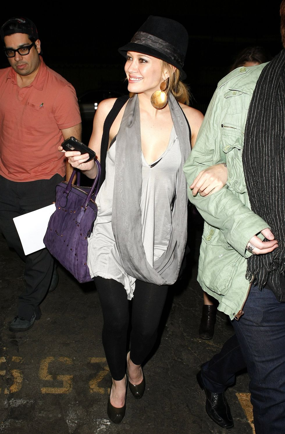 hilary-duff-at-club-bardot-in-hollywood-01