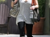 hilary-duff-at-curve-boutique-in-west-hollywood-08