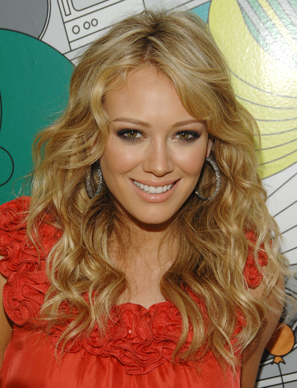 hilary-duff-at-mtvs-total-request-live-01