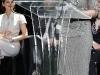 hilary-duff-bikeiin-style-challenge-awards-ceremony-06