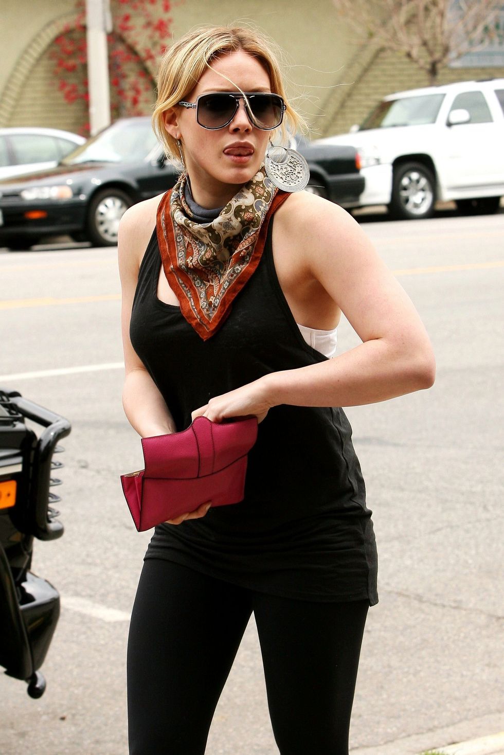 hilary-duff-candids-in-beverly-hills-2-01