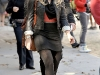 hilary-duff-on-the-gossip-girl-set-in-new-york-16
