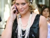 hilary-duff-on-the-set-of-gossip-girl-in-new-york-03