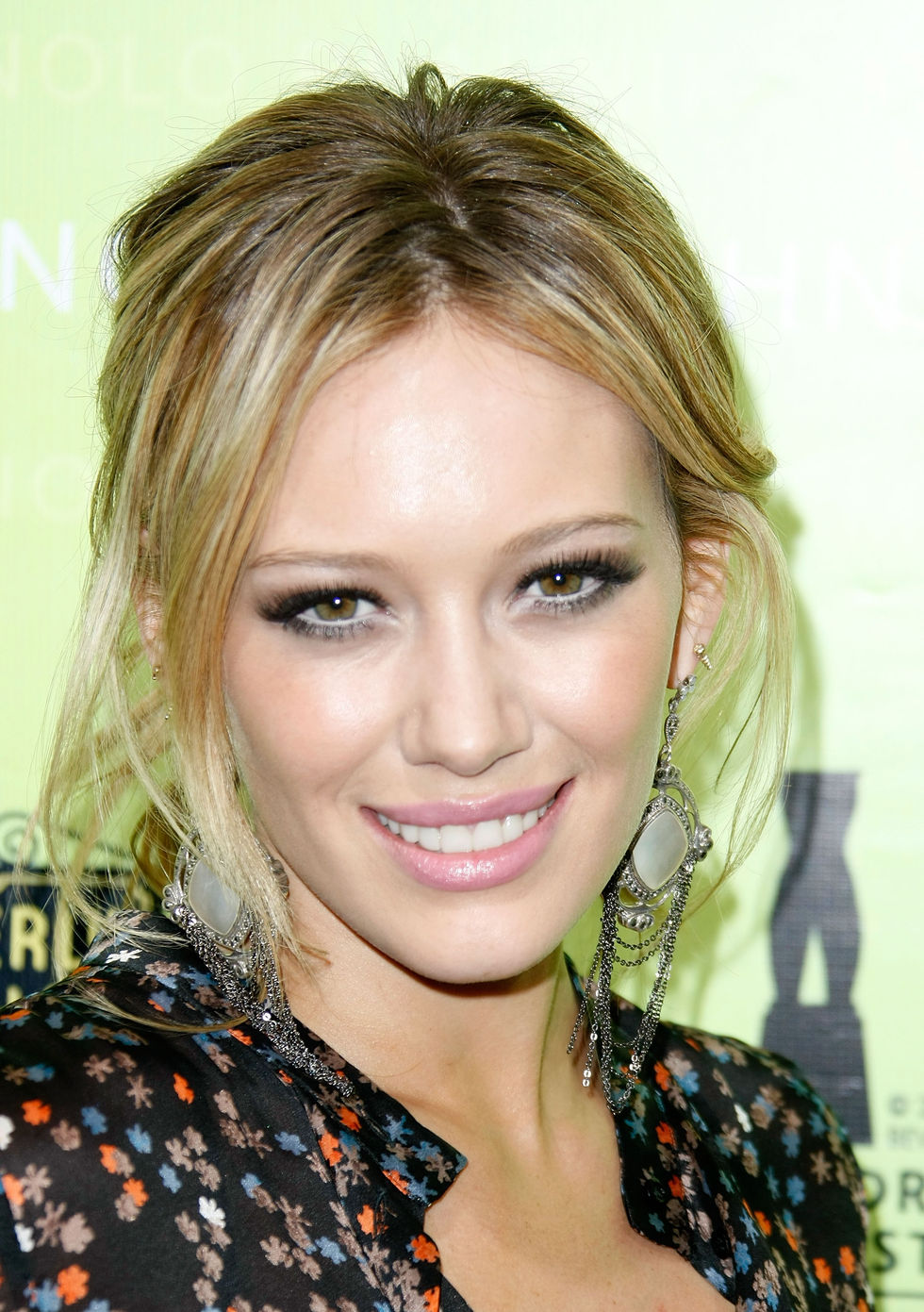 hilary-duff-rodeo-drive-walk-of-style-award-in-los-angeles-01