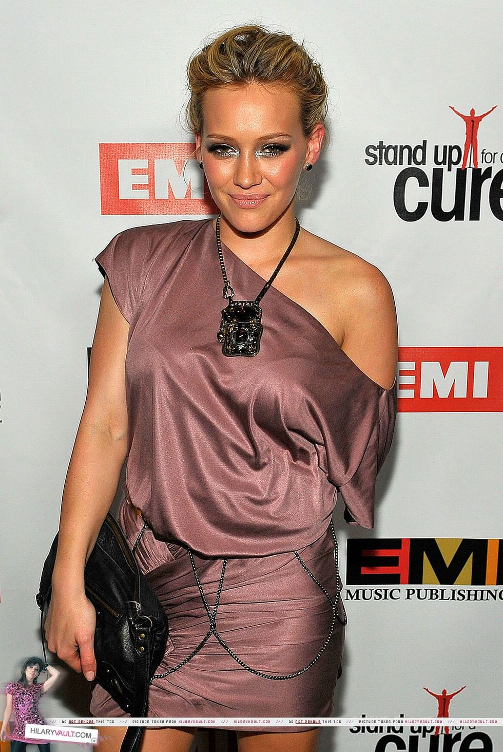 hilary-duff-stand-up-for-a-cure-post-grammy-party-in-beverly-hills-01