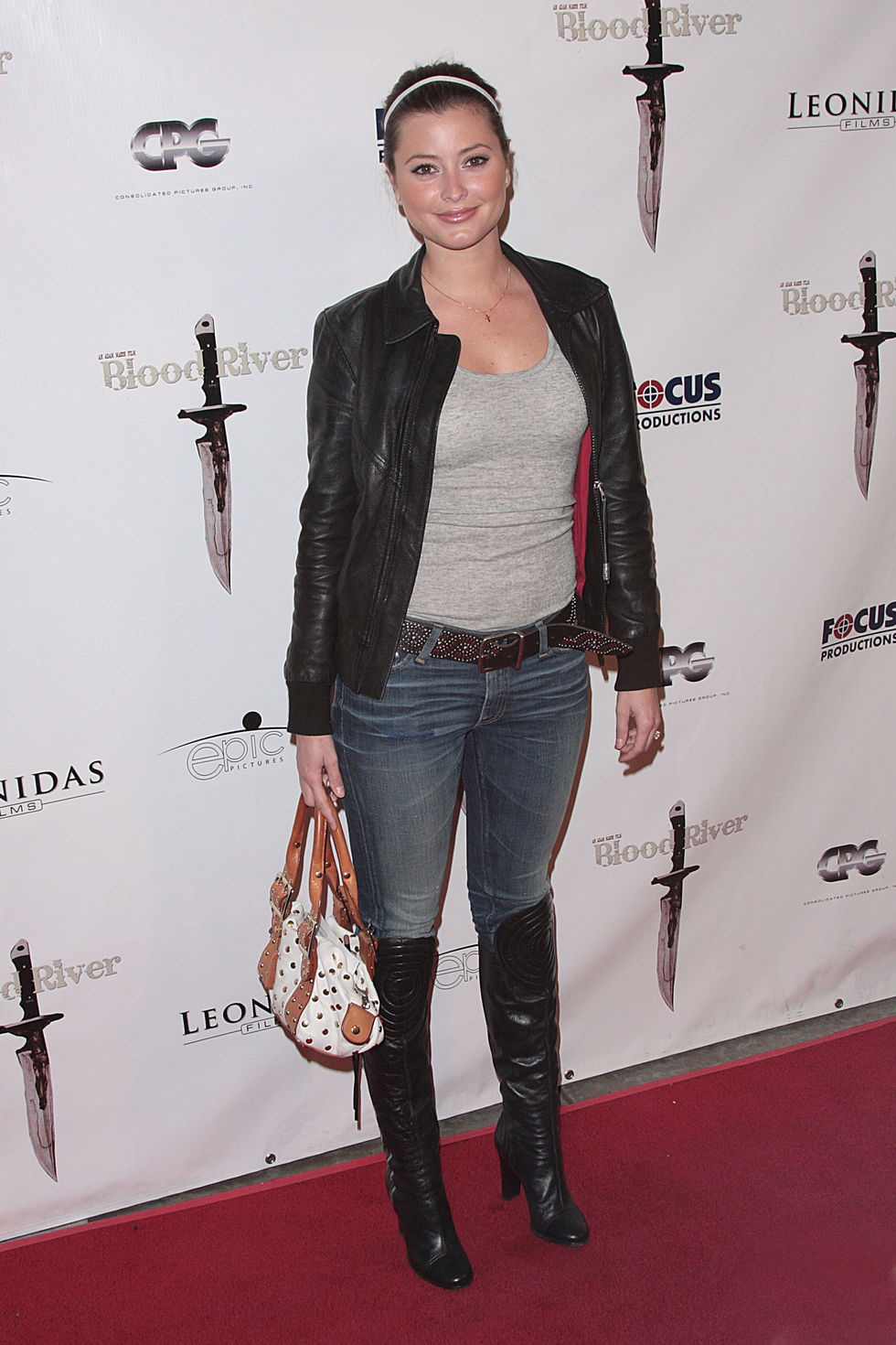 holly-valance-blood-river-premiere-in-los-angeles-01