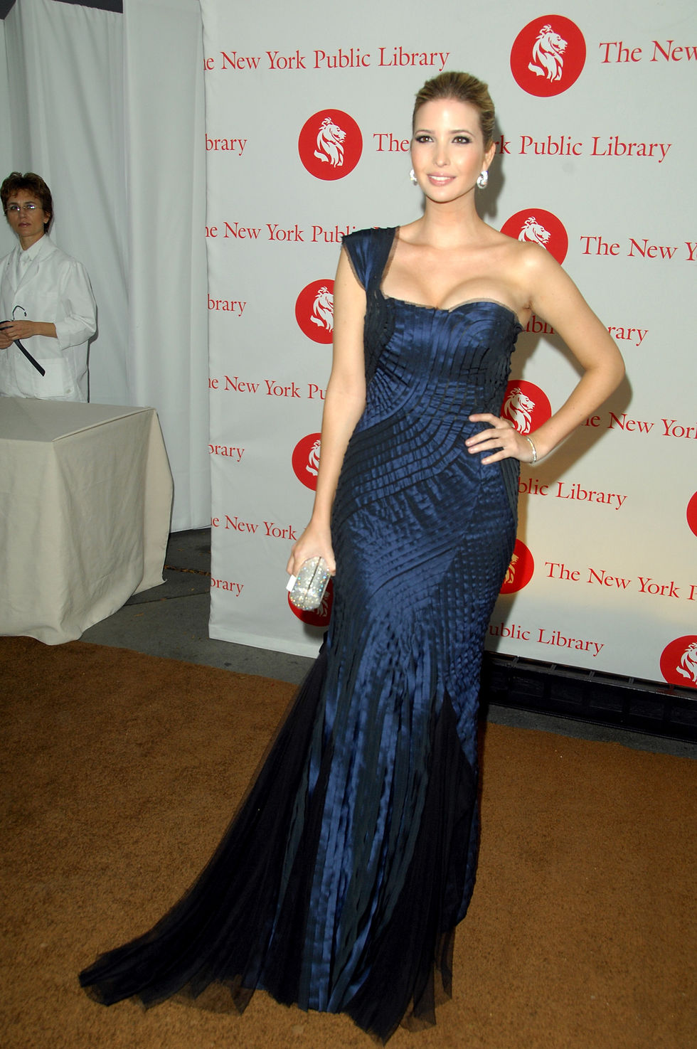 ivanka-trump-2008-library-lions-benefit-in-new-york-city-01