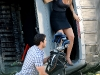 jennifer-aniston-cleavage-candids-on-the-bounty-set-in-new-york-06