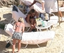 jennifer-aniston-in-bikini-on-the-beach-in-los-cabos-09