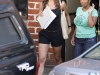 jennifer-aniston-leggy-candids-in-beverly-hills-01