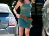 jennifer-aniston-leggy-candids-in-los-angeles-04