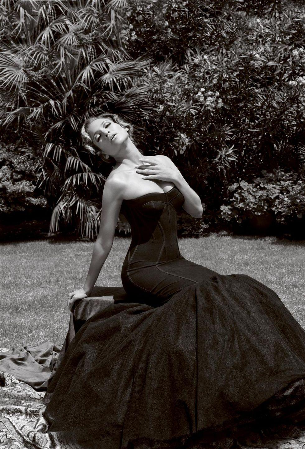 Jennifer Lopez Photoshoot Elle Magazine
