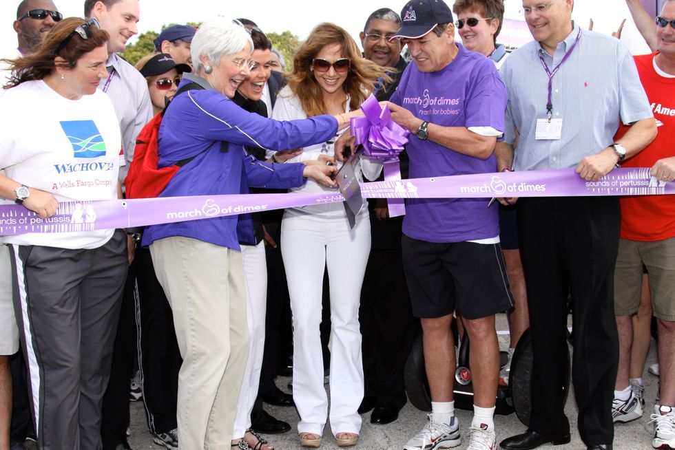 jennifer-lopez-march-for-babies-walk-in-miami-01