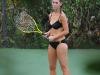 jennifer-love-hewitt-bikini-candids-in-hawaii-04