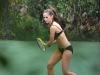 jennifer-love-hewitt-bikini-candids-in-hawaii-05