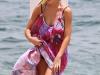 jennifer-love-hewitt-bikini-candids-in-hawaii-11