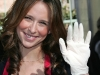 jennifer-love-hewitt-christmas-eve-at-the-los-angeles-mission-04