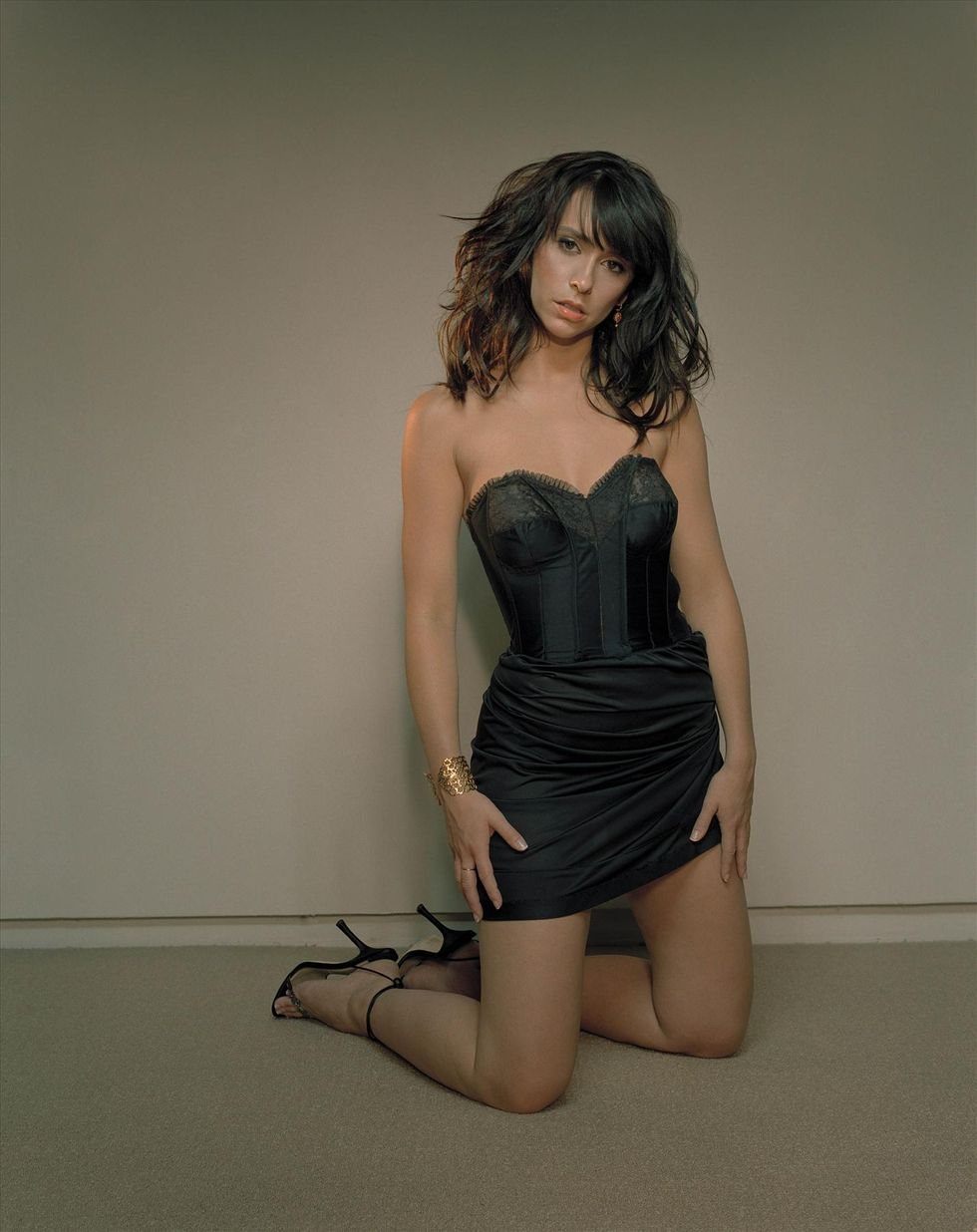 jennifer-love-hewitt-giant-magazine-photoshoot-01
