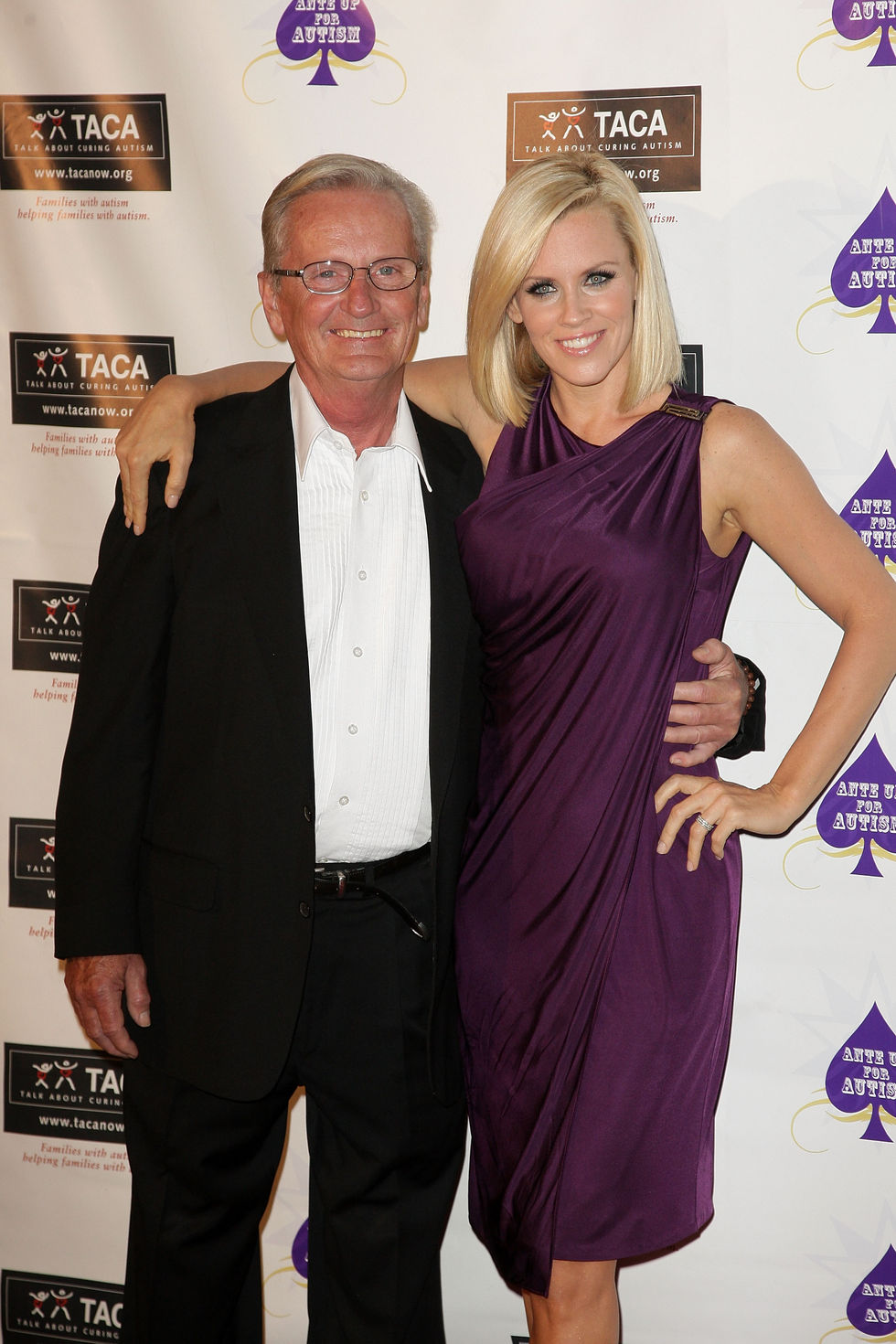 jenny-mccarthy-ante-up-for-autism-benefit-in-dana-point-01