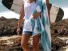 jessica-alba-bikini-candids-at-the-beach-in-malibu-04
