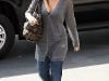 jessica-alba-cleavage-candids-in-los-angeles-2-06