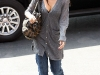 jessica-alba-cleavage-candids-in-los-angeles-2-07