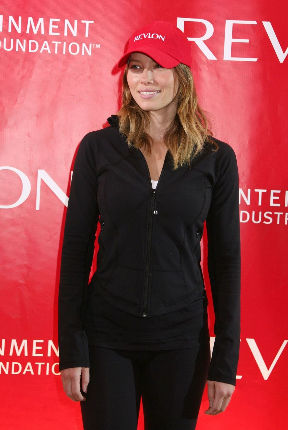 jessica-biel-12th-annual-eif-revlon-runwalk-for-women-01