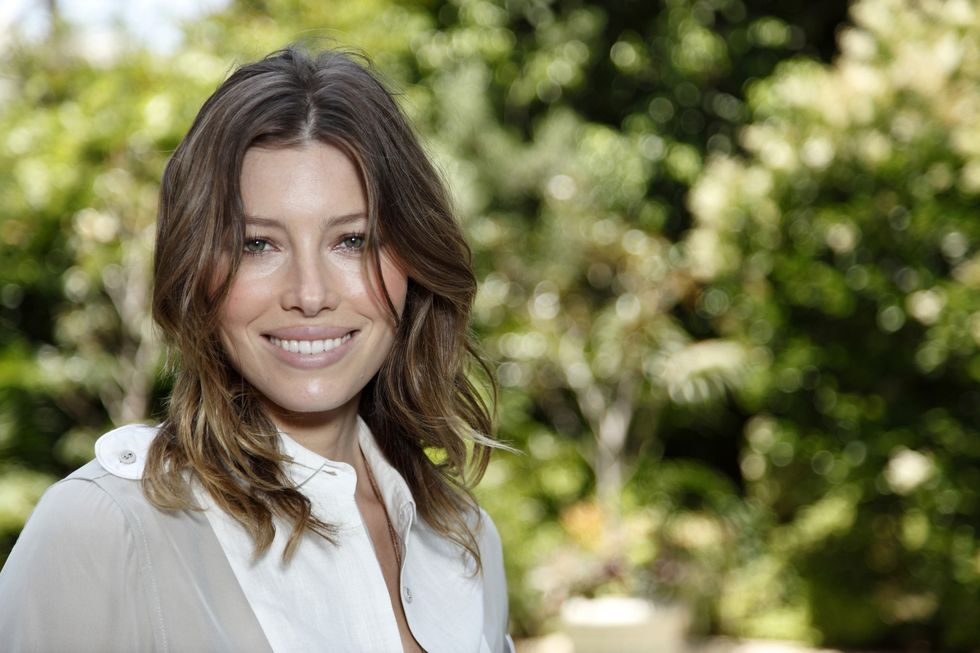 jessica-biel-easy-virtue-photocall-in-beverly-hills-01