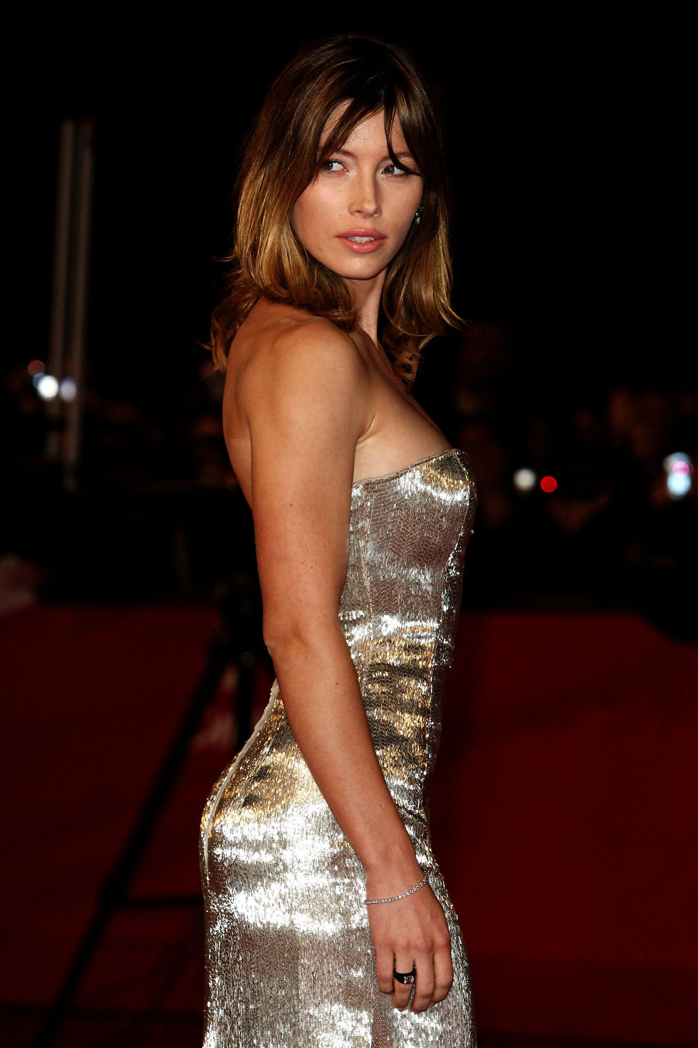 jessica-biel-easy-virtue-premiere-in-rome-05