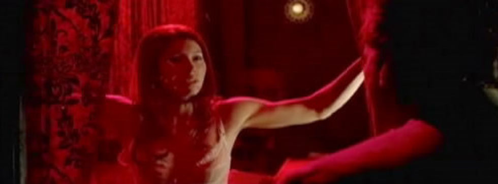 jessica-biel-stripping-in-powder-blue-trailer-lq-video-01