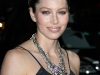 jessica-biel-visits-the-late-show-with-david-letterman-in-new-york-11
