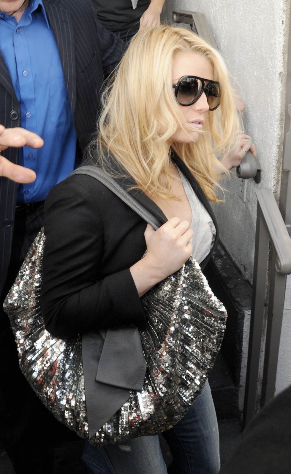 jessica-simpson-at-sur-restaurant-in-beverly-hill-01
