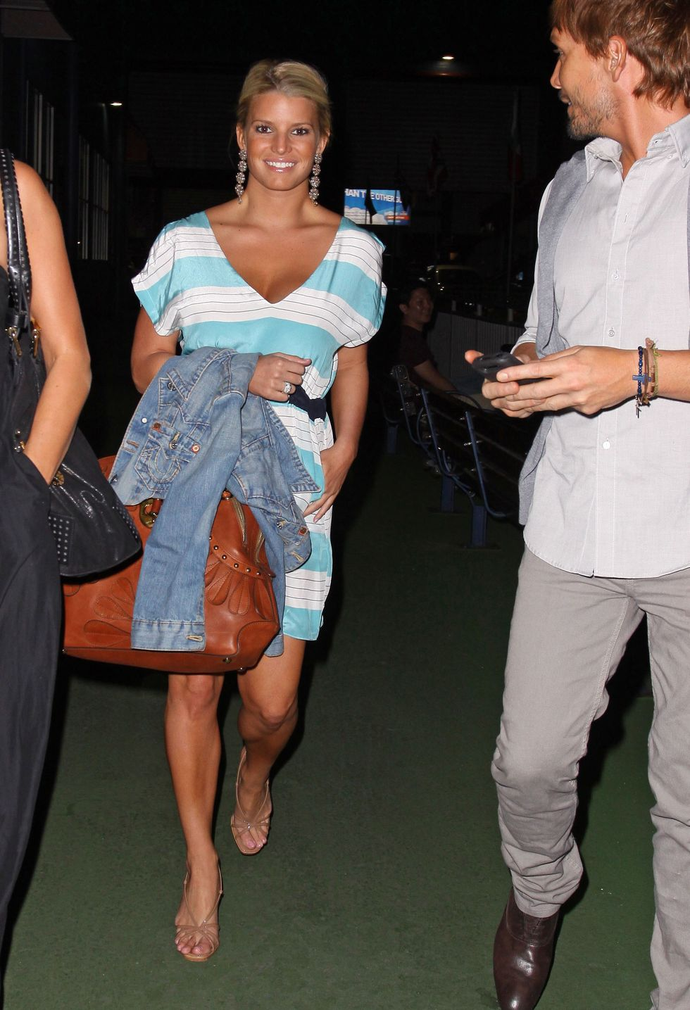 jessica-simpson-candids-in-new-york-01