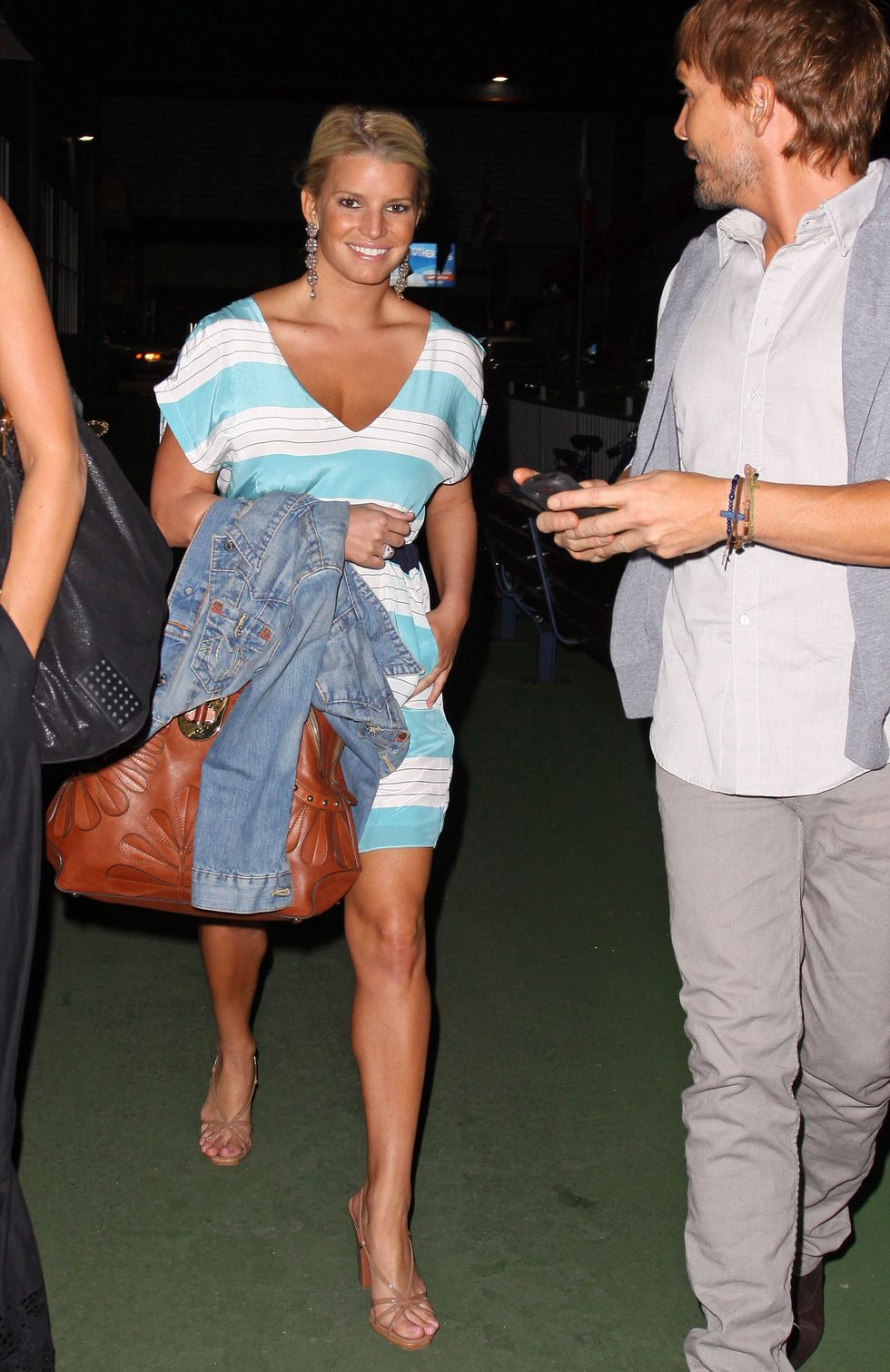 jessica-simpson-candids-in-new-york-06