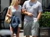 jessica-simpson-cleavage-candids-at-primos-in-dallas-01