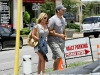jessica-simpson-cleavage-candids-at-primos-in-dallas-09
