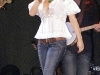 jessica-simpson-cleavagy-at-concert-in-canada-02