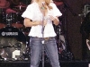 jessica-simpson-cleavagy-at-concert-in-canada-07