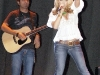 jessica-simpson-cleavagy-at-concert-in-canada-15