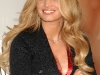 jessica-simpson-francy-fragrance-signing-at-the-macys-in-costa-mesa-13