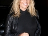jessica-simpson-leggy-candids-in-hollywood-01