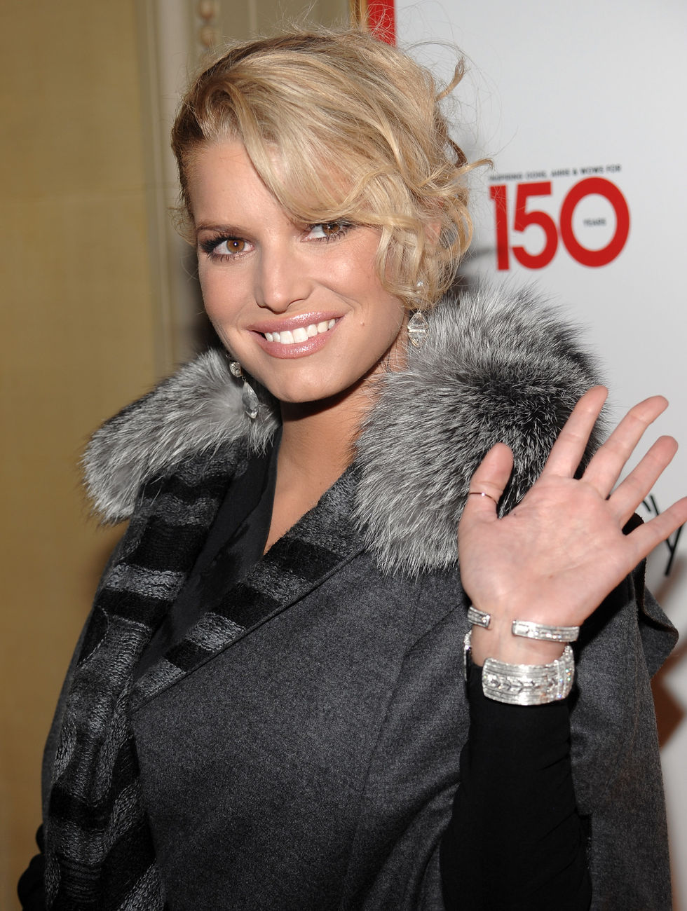 jessica-simpson-macys-150th-birthday-celebration-gala-in-new-york-01